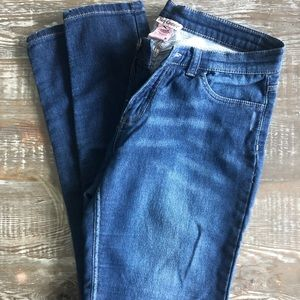 Juicy Couture Super Soft Ankle Jeans